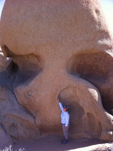 Ali is picking the nose of Skull Rock.